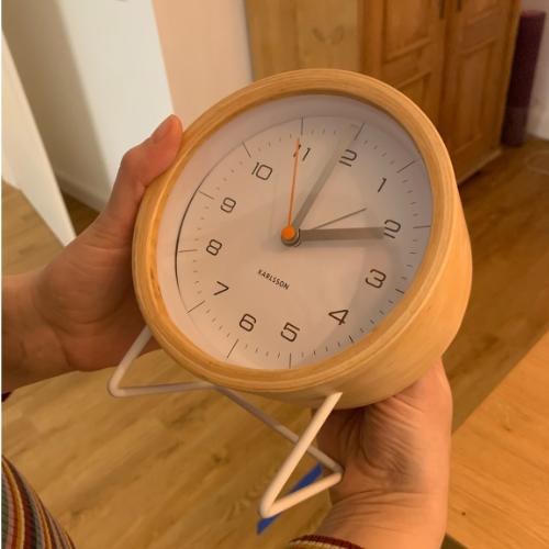 Tik am Tibarg > Marei Schachschneider zeigt eine Uhr > Hacks > Der Gesundheitsstern: Schlaf > 500x500
